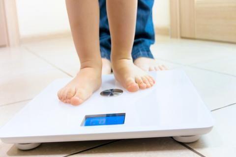 الوزن المثالى للاطفال البنات والاولاد