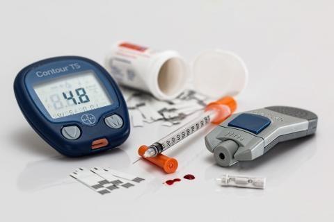 معدل السكر الطبيعي للأطفال -جهاز السكر وأدوية علاج السكر