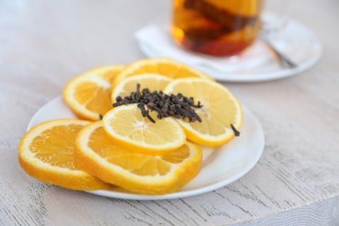 فوائد القرنفل والليمون -صورة للقرنفل والليمون