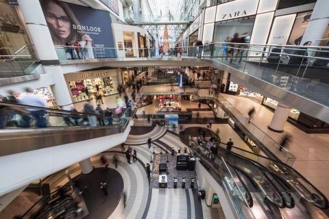 دلما مول : أهم المحلات والمطاعم