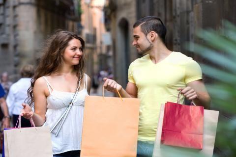 اسماء محلات ملابس في اوروبا